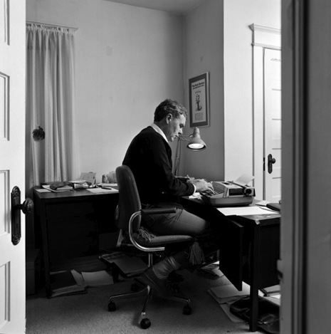 an analysis of my fathers life by raymond carver - raymond carver's a small good thing raymond carver's a  more trivial things in life are more  my family moved so my father could to go into the.